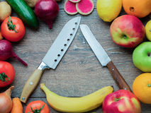 Selectie van verse groenten, fruit en citrusvrucht voor gezond Di Royalty-vrije Stock Foto's