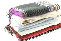 Selectie van zes wol verschillende sjaals royalty-vrije stock foto's
