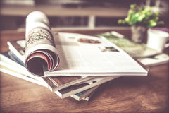 Free Selective Focus Of Stacking Magazine Place On Table In Living Stock Images - 94786174