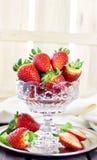 Selektiv fokus för spanska jordgubbar Arkivfoto