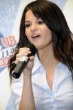 Selena Gomez semblant sous tension. Image stock