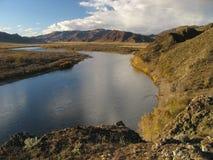 Selengerivier Mongolië stock afbeelding