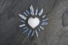Free Selenite Heart On Stone With Kayanite Light Rays Stock Photography - 156788032