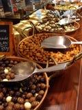 Seleção do chocolate em uma fileira Foto de Stock Royalty Free