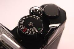 Seletor da velocidade do obturador na câmera análoga imagem de stock