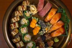 Selezione choice dell'assortimento di miscuglio dei sushi freschi Fotografie Stock Libere da Diritti