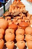 Vasi e vasi di terracotta di Algarve da vendere Fotografia Stock