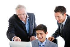 Self-assured бизнесмены работая совместно Стоковые Изображения RF