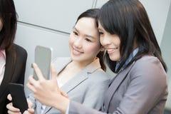 Selfie коммерсантки в офисе Стоковое фото RF