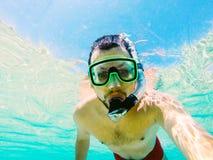 Selfie подводное Стоковая Фотография