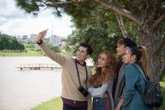 Selfie avec des amis Photographie stock libre de droits