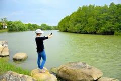 Selfie con la naturaleza 2 Imagen de archivo libre de regalías