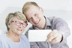 Selfie con mia nonna cara Fotografie Stock
