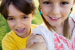 Selfie de frère et de soeur Image libre de droits