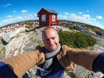 Selfie de l'homme dans Vrango photos stock