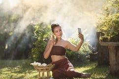 Selfie de la mujer fotos de archivo libres de regalías