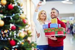 Selfie dei consumatori sulla vendita di Natale Fotografia Stock Libera da Diritti