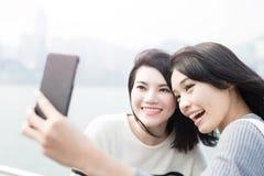 Selfie della donna di bellezza a Hong Kong Fotografia Stock