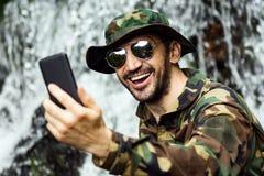 Selfie in der Natur Lizenzfreies Stockbild