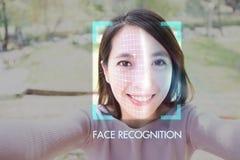 Selfie für Gesichtsanerkennung lizenzfreies stockbild