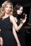 Selfie im Nachtklub stockbilder