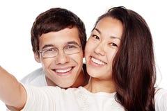 Selfie interracial de couples Photo libre de droits