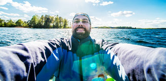 Selfie in lago Immagine Stock