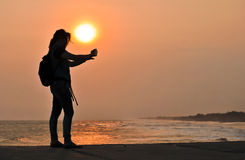 Selfie med solnedgång Arkivbilder