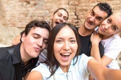 Selfie med vännen arkivbild