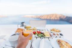 Selfie saudável do alimento de café da manhã das férias europeias foto de stock