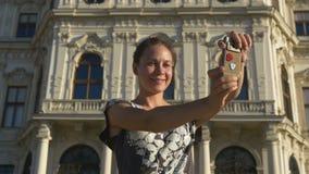 Selfie sui precedenti di costruzione nello stile barrocco video d archivio
