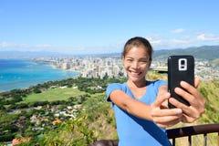Selfie turistico delle Hawai dalla spiaggia di Honolulu Waikiki fotografie stock libere da diritti