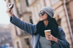 Selfie von der Schönheit! Lizenzfreies Stockfoto