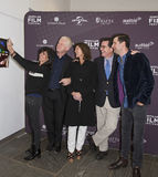 Selfies com Anna Freud, Richard Curtis, Evelyn Colbert, Stephen Colbert e Luke Parker Bowles Fotografia de Stock Royalty Free