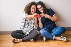 Selfies en session de studio Photos stock
