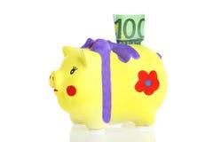 Selfmade piggybank met muntstukken Royalty-vrije Stock Afbeelding