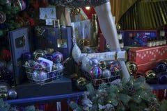 Selfridges, calle de Oxford, Londres, adornado por la Navidad y nuevo 2018 años Imágenes de archivo libres de regalías