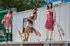SELIGMAN, ARIZONA/USA - 31 JULI: Ledenpoppen op een dak in Seligm Royalty-vrije Stock Foto