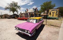 SELIGMAN - Historisk gränsmärke längs Route 66 Royaltyfria Bilder