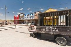 SELIGMAN USA - historisk bussgarage, gammal trävagn Royaltyfri Fotografi