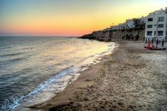 在日落的Selinunte海滩在西西里岛 库存照片