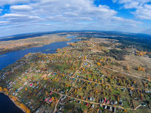 Selishche-Dorf nahe See Volga Lizenzfreies Stockfoto