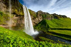 Seljalandsfoss одно самого известного исландского водопада Стоковая Фотография