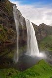 Seljalandsfoss 美丽的瀑布在南冰岛 免版税库存照片