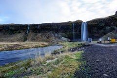 Seljalandsfoss in Islanda in autunno fotografie stock
