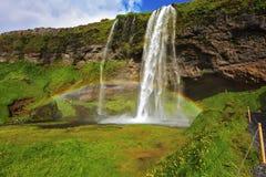 Seljalandsfoss vattenfall i solig dag Arkivfoto