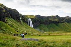 Seljalandsfoss vattenfallområde Arkivfoton