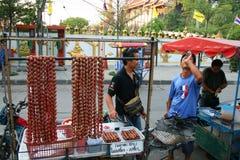 sell thai thailand för korv för bangkok meatmän royaltyfria bilder