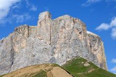 Sella小组是白云岩的一个多山区域位于在Gardena谷和Badia,波尔查诺,特伦托e Bellu之间 免版税库存图片