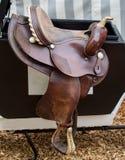 Sella del ` s del cavallo di Brown fotografia stock libera da diritti